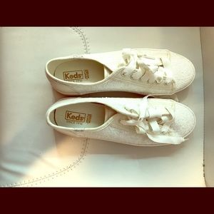 Keds sequined lace up dream foam Size 9